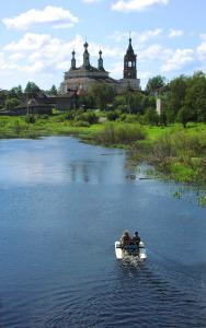 На реке Костроме