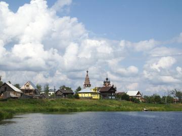 Правый берег реки Костромы